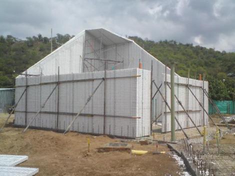 Sistema constructivo de paneles de hormigón. Ver galería.