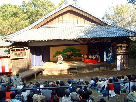 20_kabuki_stage