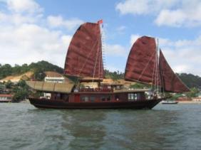 Bahía de Ha-Long_junk 3