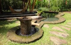 Minang house_piscina