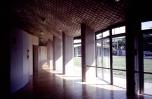 Uchino, interior centro.