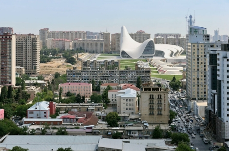 Centro Cultural Heydar Aliyev -Entorno 01
