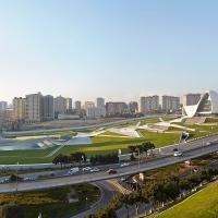 El centro cultural Heydar Aliyev, un escenario urbano de renovación de Bakú.